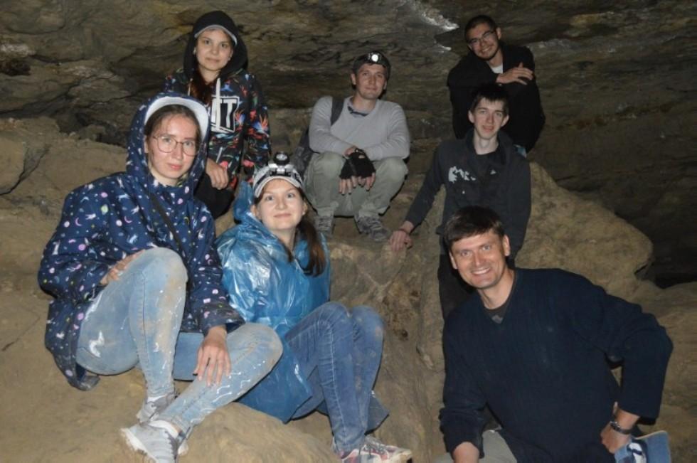 Физики - 'спелеологи' (2018г.) ,фотографии, юрьевская пещера