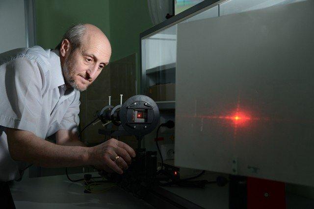 Практикум по оптике (лаборатории №№605, 705) ,Физика, кафедра общей физики, общий физический практикум, ОФП, оптика, оптические явления