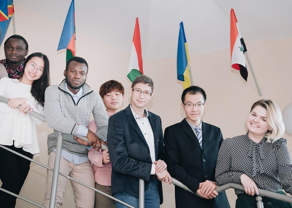 REC 'The International Parliamentarism Centre' ,REC 'The International Parliamentarism Centre'