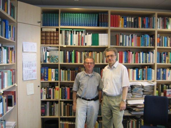 С выдающимся лингвистом-типологом Бернардом Комри (Лейпциг, Институт эволюционной антропологии Макса Планка)