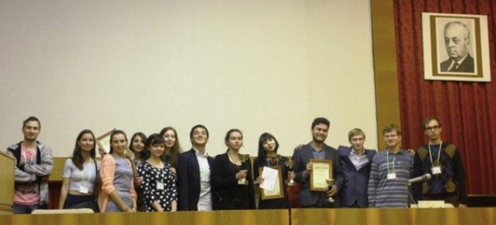 Начало большого пути в науке ,Студенты ИФМиБ, БиоТурнир, призовое место.