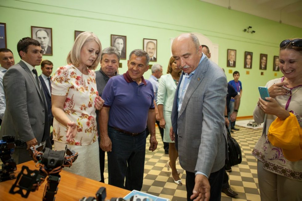 The President of the Republic of Tatarstan has estimated possibilities of pedagogical education at the Yelabuga institute of KFU ,Elabuga Institute