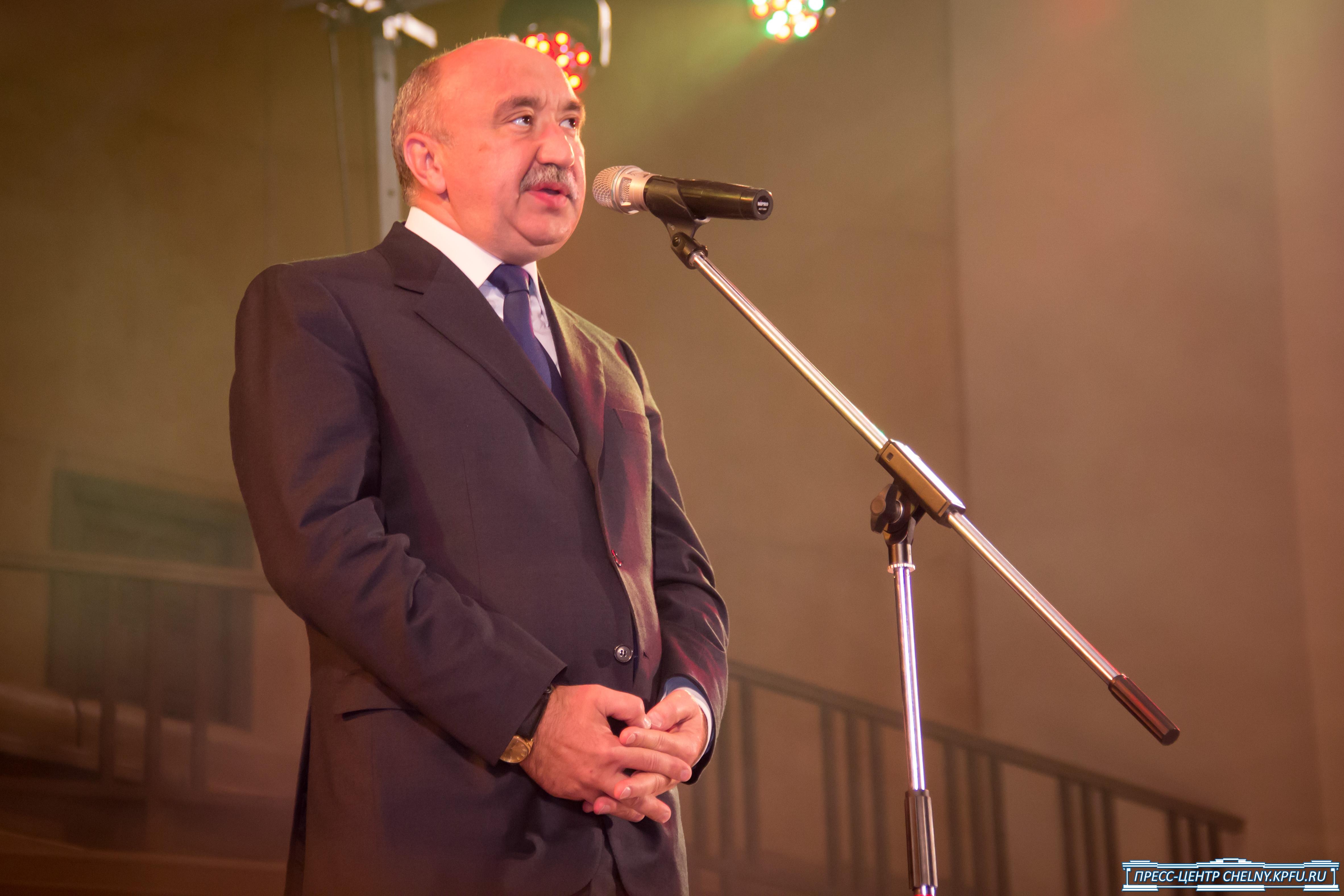 Ректор КФУ Гафуров назвал Институт Марджани «пипирочной структурой»