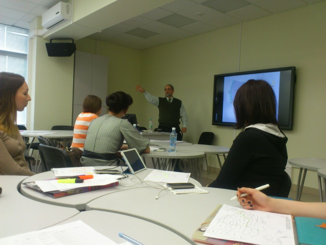 The course 'Immersion into English' with Paul Spitzer, English Language Fellow based in Kazan