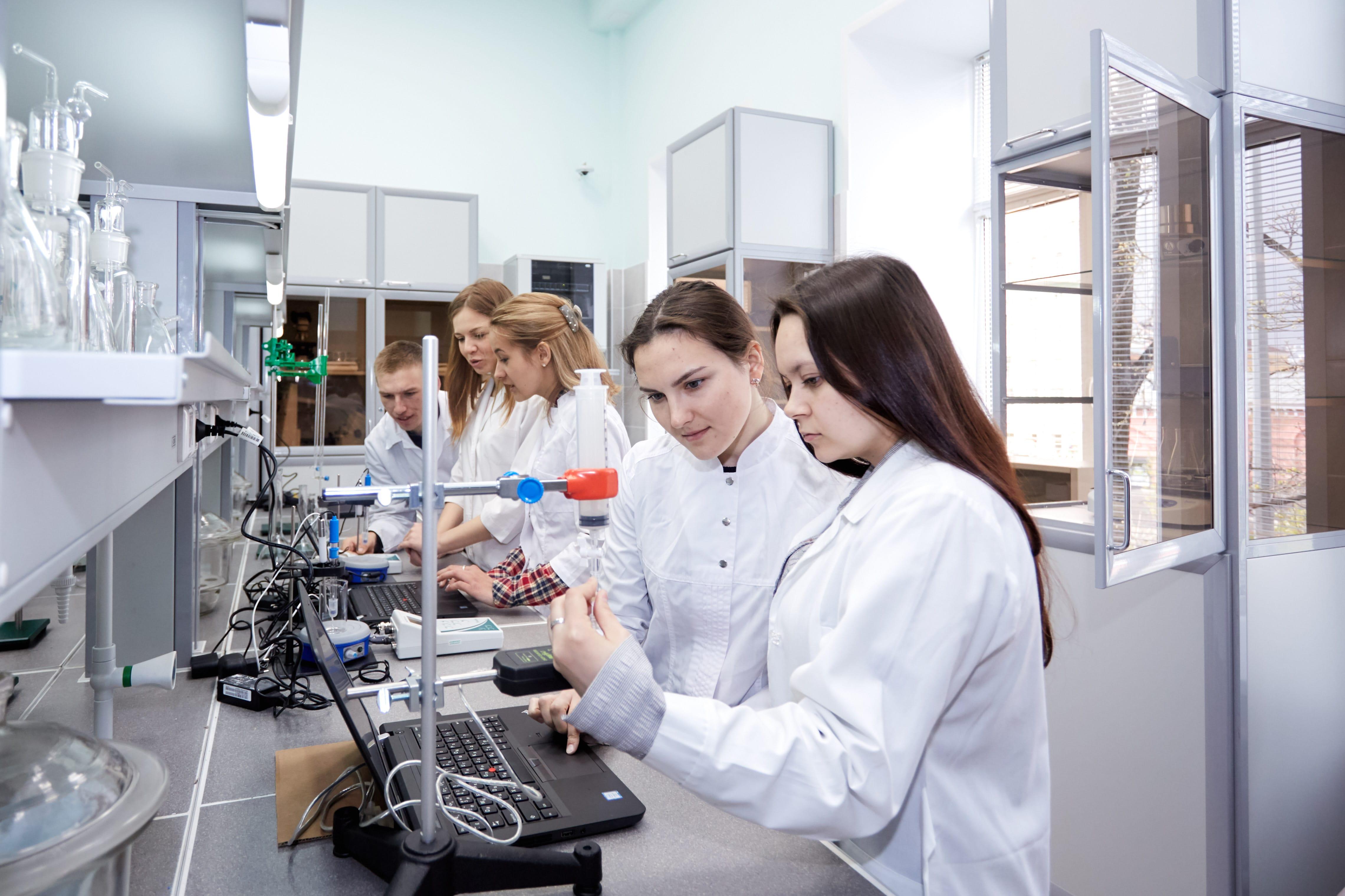 украшают научные школы картинки как положено