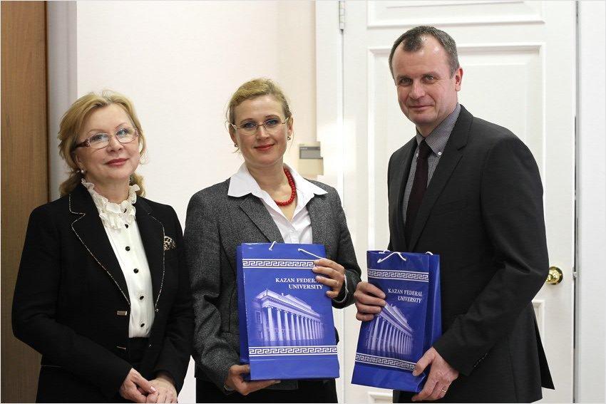 Казанский университет налаживает