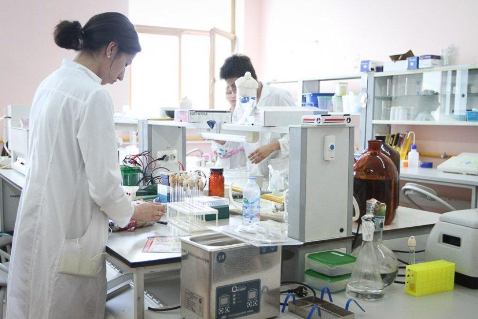 Казанские ученые работают над созданием лекарства от рака на основе ферментов микроорганизмов ,микробиология, онкология, лекарство от рака, Ольга Ильинская