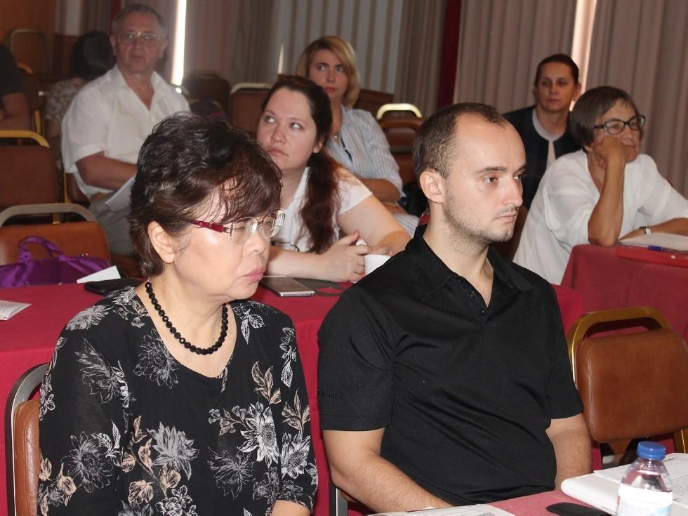 На конференции в Португалии