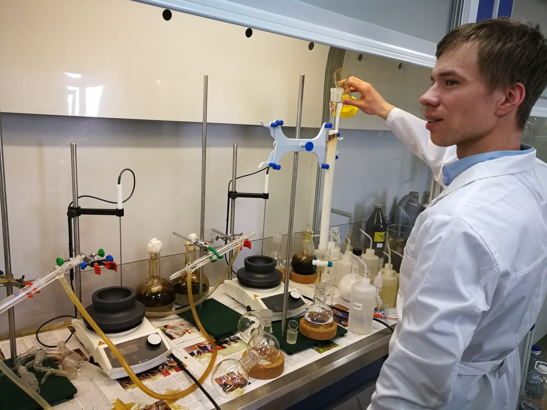 In-Situ Combustion Lab Proposes New Methods of Petroleum Extraction Based on Injections of Colloid Solutions with Nanosized Metal Oxides ,SAU EcoOil, In-Situ Combustion Lab, Russian Presidential Grant